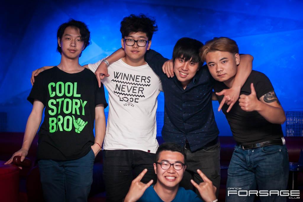 The Big Bang Party в Forsage