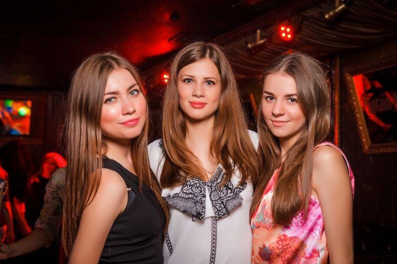 «Rave ON. Special guests: Stage Rockers» в ночном клубе «Saxon»