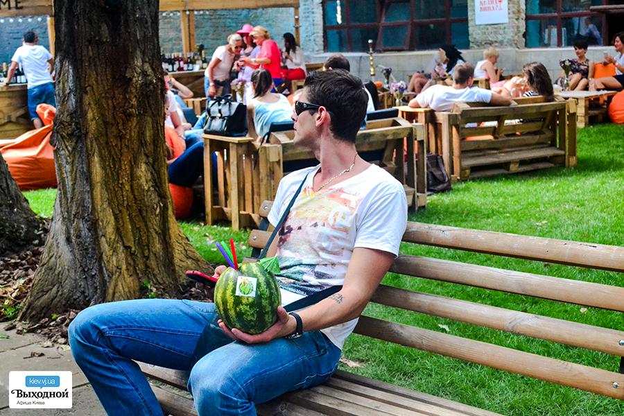 «13 Фестиваль Уличной Еды» на арт-заводе «Платформа»
