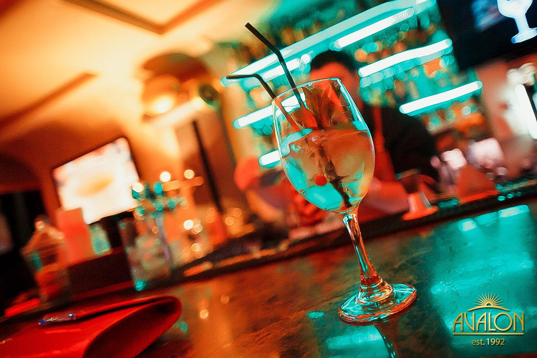 «Ultramarine» в лаунж-баре «Avalon»