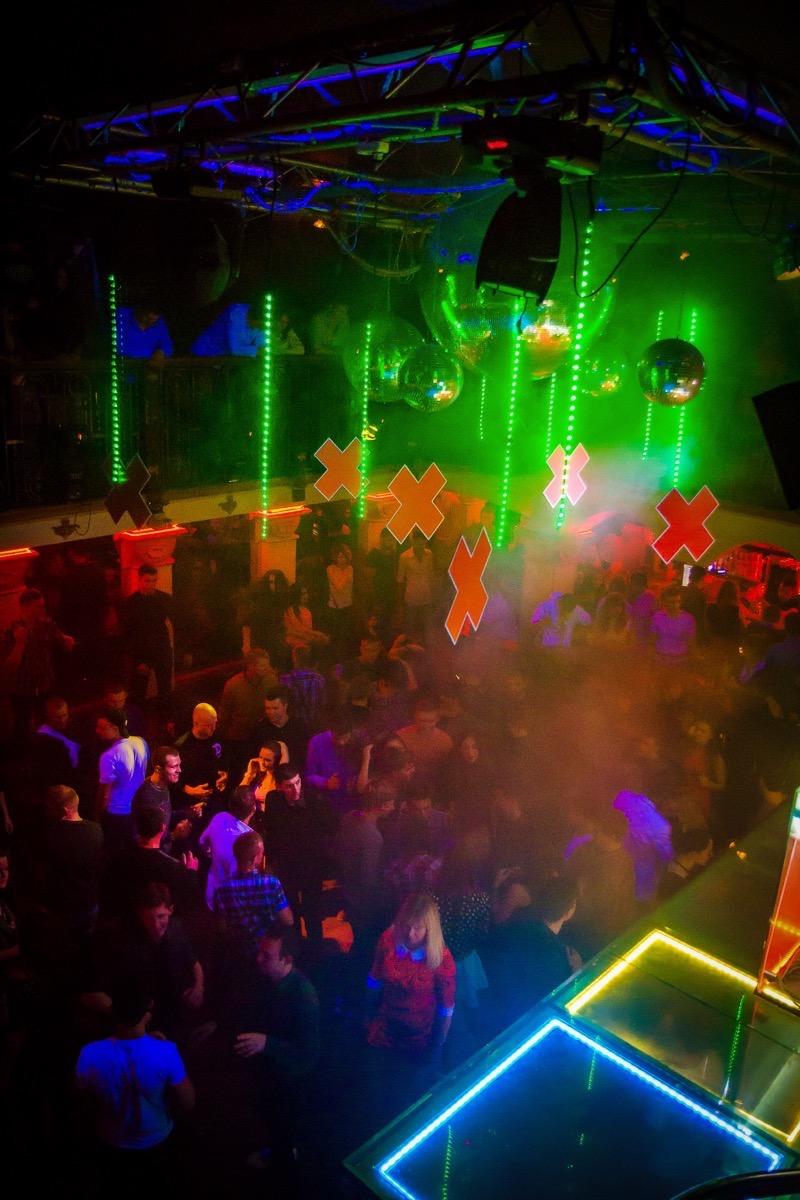 House Temptation в клубе «Saxon»